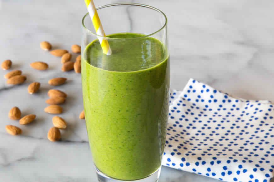 Spinach Oats Vanilla Smoothie